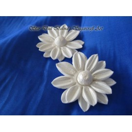 Edible Daisy Wedding sugar flowers